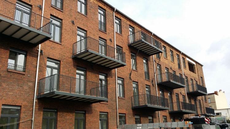 Balkone und Balkongelaender 1