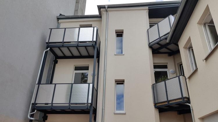 Balkone und Balkongelaender 14
