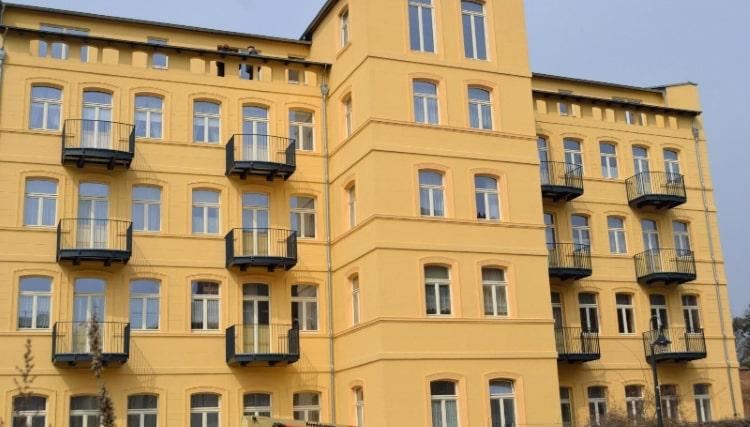 Balkone und Balkongelaender 17