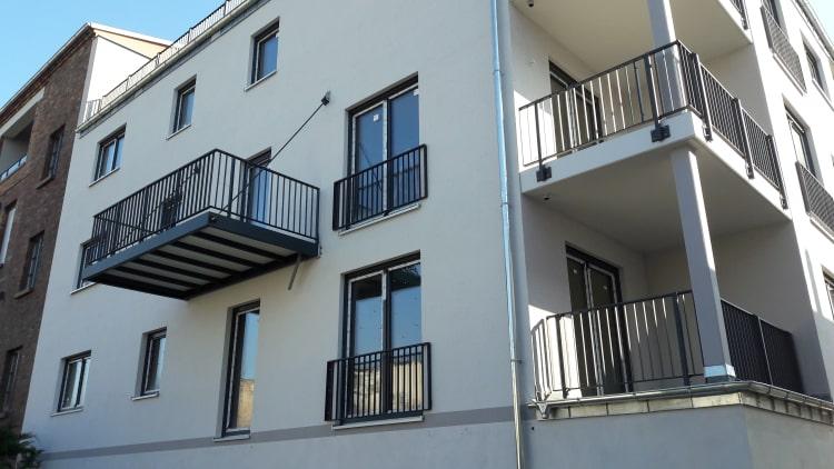 Balkone und Balkongelaender 3