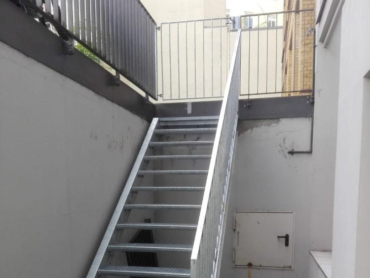 Treppen und Treppengelaender 13